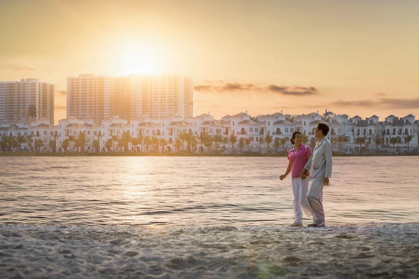 Dạo bộ trên bờ cát giúp cải thiện các vấn đề về hô hấp, tim mạch.